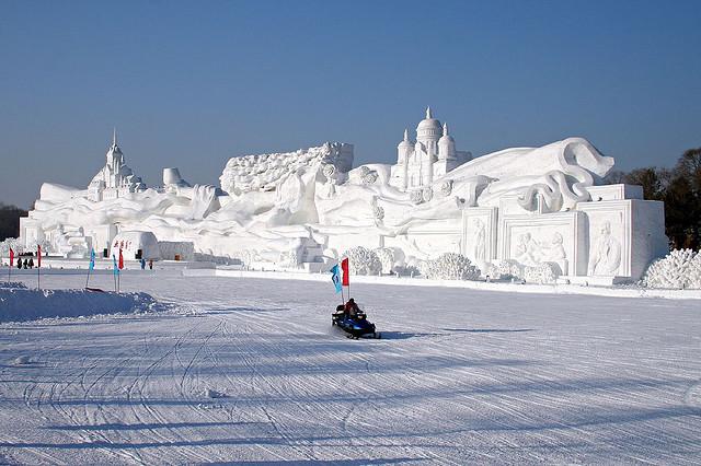 sculpture neige ville