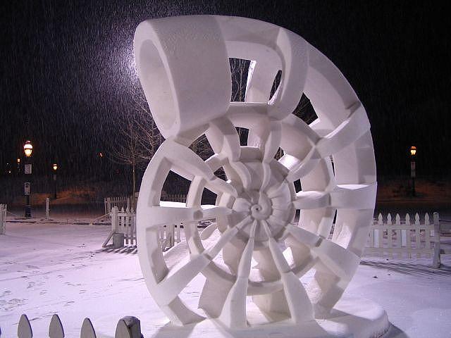 sculpture neige snow shell